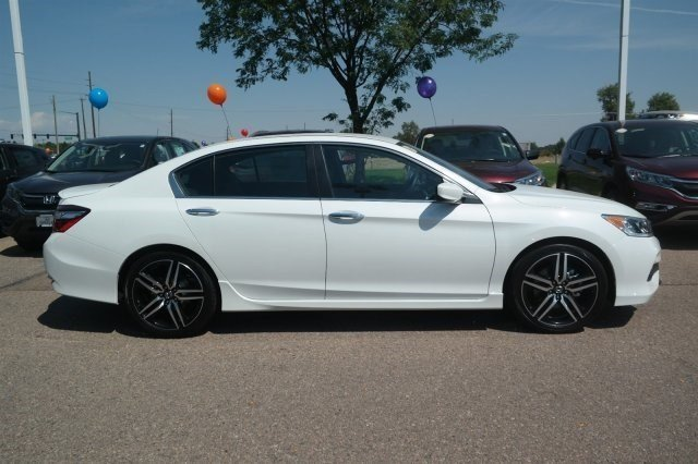 New 2017 Honda Accord Sport SE 4dr Car in Greeley #17H014 ...